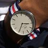 DANIEL WELLINGTON 的 銀框皮腕錶