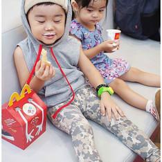MILO.COM 的 BABY韓國連帽無袖背心