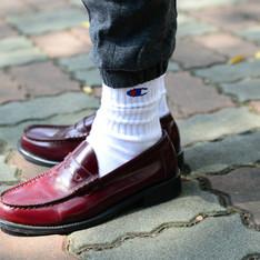 CHAMPION 的 白襪