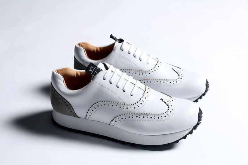VATIC 的 復古慢跑鞋