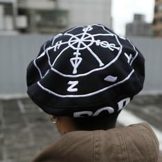 KTZ 的 貝雷帽