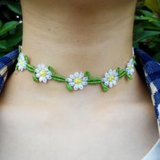 自己DIY 的 花朵頸項鍊