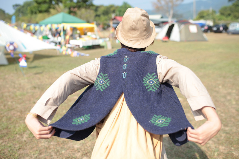 FROM JAPAN 的 VEST