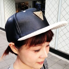 HATER 的 皮質棒球帽