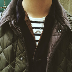 BARBOUR 的 DIAMOND QUILTED JACKET