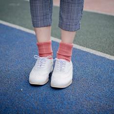 靴下屋 的 襪子