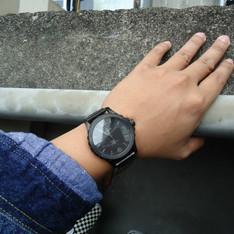 FOSSIL 的 黑色手錶
