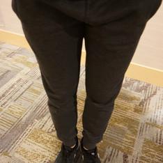 H&M 的 縮口棉褲