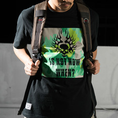 THE ONE 的 T-SHIRT