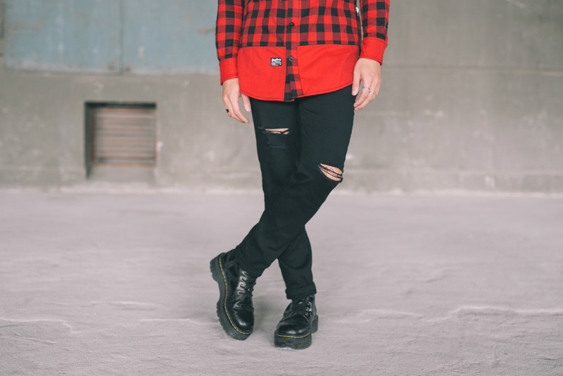 STAYREAL 的 破壞牛仔褲