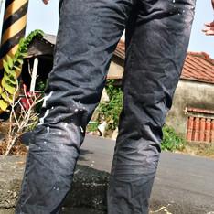 ENERGIE 的 潑漆牛仔褲