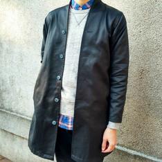 DESIGN:FEI 的 長版外套