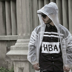 SHEINSIDE 的 HOOD BY AIR SHIRT
