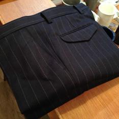 NOBLEZA 的 直條紋西裝褲