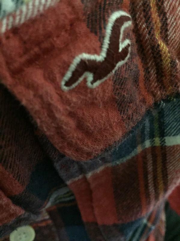 HOLLISTER  的 法蘭絨格紋襯衫