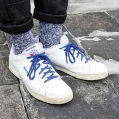 REEBOK 的 皮革網球鞋
