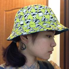 TSUBASA.Y 的 蠟染雙面漁夫帽