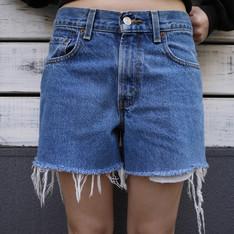TRIPLEPEACOCK 的 牛仔短褲