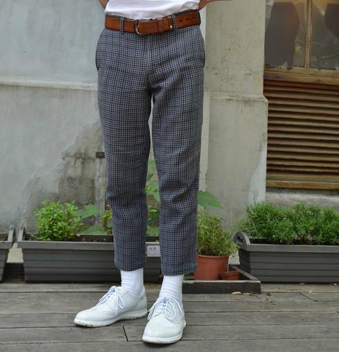UNIQLO 的 休閒褲