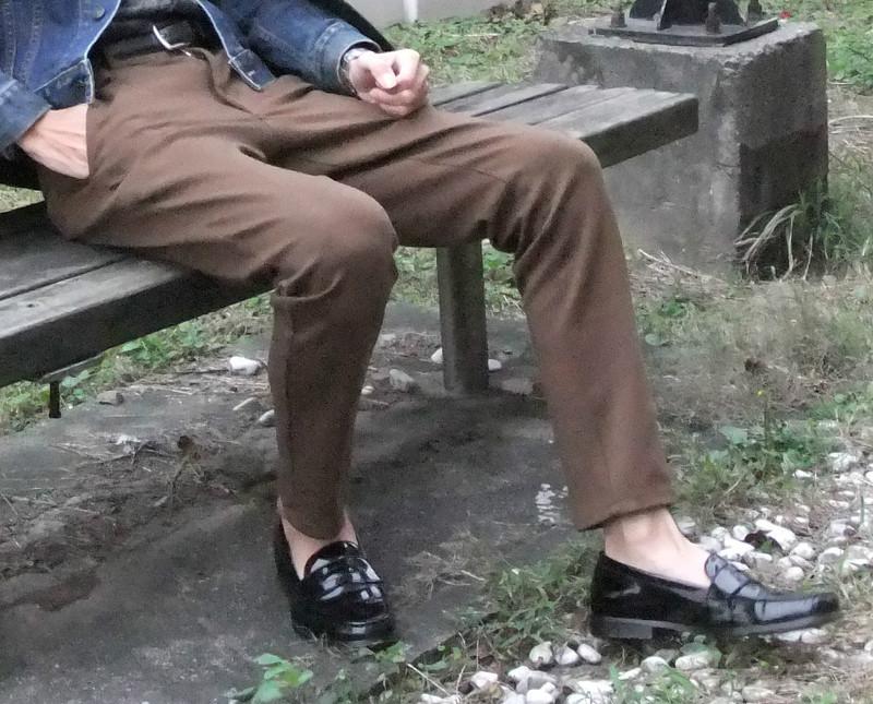 無品牌 的 咖啡色毛料褲子