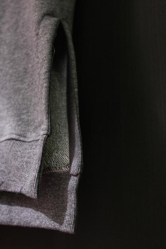 高面料層次短袖帽T 的 高面料層次短袖帽T