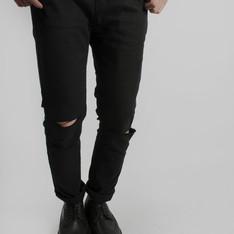 OASIS服飾 的 雙膝破壞窄版褲
