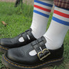 DR. MARTENS 的 MARY JANE
