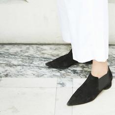 ZARA 的 尖頭鞋