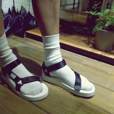 SUICOKE 的 涼鞋