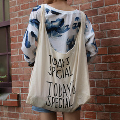 TODAY'S SPECIAL 的 MARCHE BAG