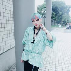 VINTAGE 的 日本和服罩衫