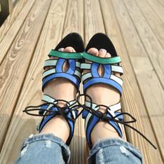 ZARA 的 高跟涼鞋