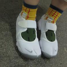 NIKE AIR RIFT 的 忍者鞋