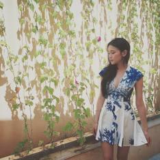 L'ELISIR BOUTIQUE 的 青花瓷藍清新印花傘裙洋裝