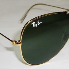 RAY BAN 的 雷朋太陽眼鏡