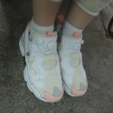 REEBOK PUMP FURY 的 球鞋
