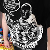 OUTER SPACE 的 ARMSTRONG TEE