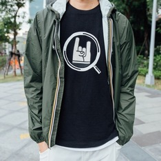 UNITED ARROWS & SONS 的 TSHIRT