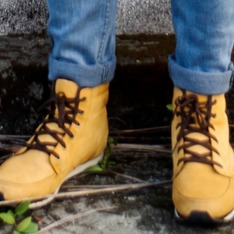 TIMBERLAND 的 BOOTS