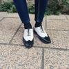 雙色拼接雕花鞋