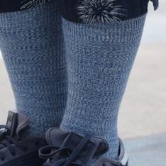 UNIQLO 的 色襪