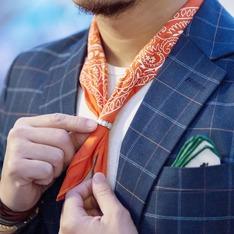 無品牌 的 變形蟲領巾