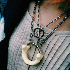 OS 的 NECKLACE (LOWER)