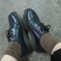 DR.MARTENS 的 紳士鞋