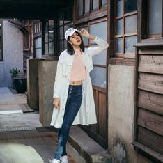 HU A NG 的 白色風衣長版外套