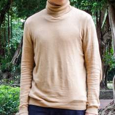 TOPMAN 的 TURTLENECK SWEATER