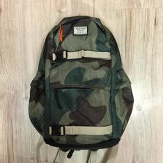 BURTON 的 BACKPACK