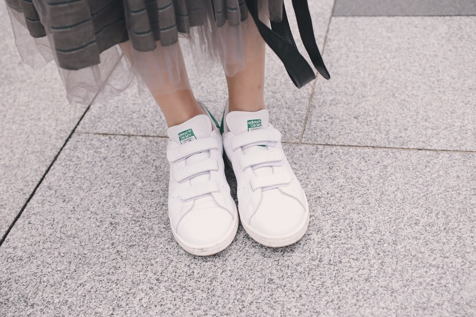 ADIDAS ORIGINAL STAN SMITH 的 復古球鞋