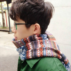 NO BRAND 的 SNOWFLAKES SCARF