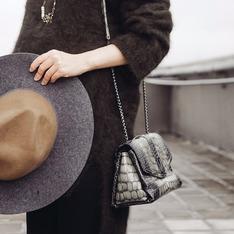 ZARA 的 雙色帽